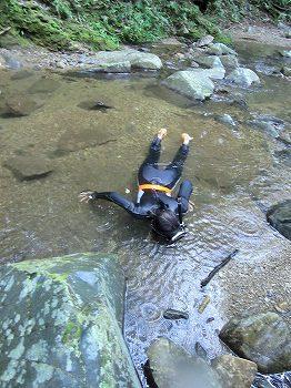 渓流ダイビング2