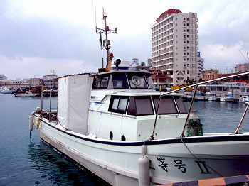 ダイビングボート1